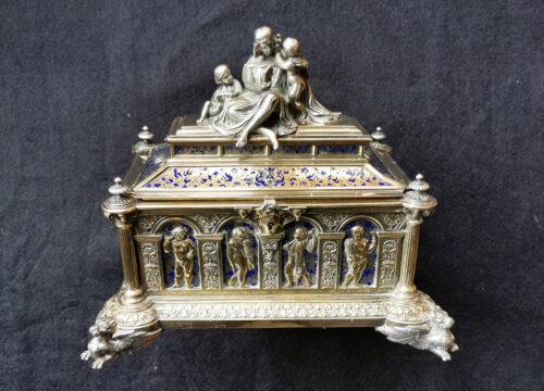 Jean-Valentin-Morel-jewellery-caske